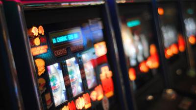 ¿Cómo ganar en las máquinas tragamonedas online?